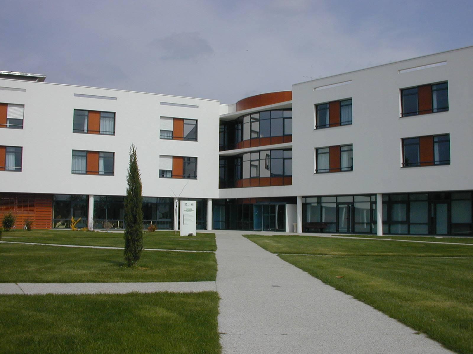 Maison de soins de suite et soins palliatifs LES RECOLLETS (Doué la Fontaine)