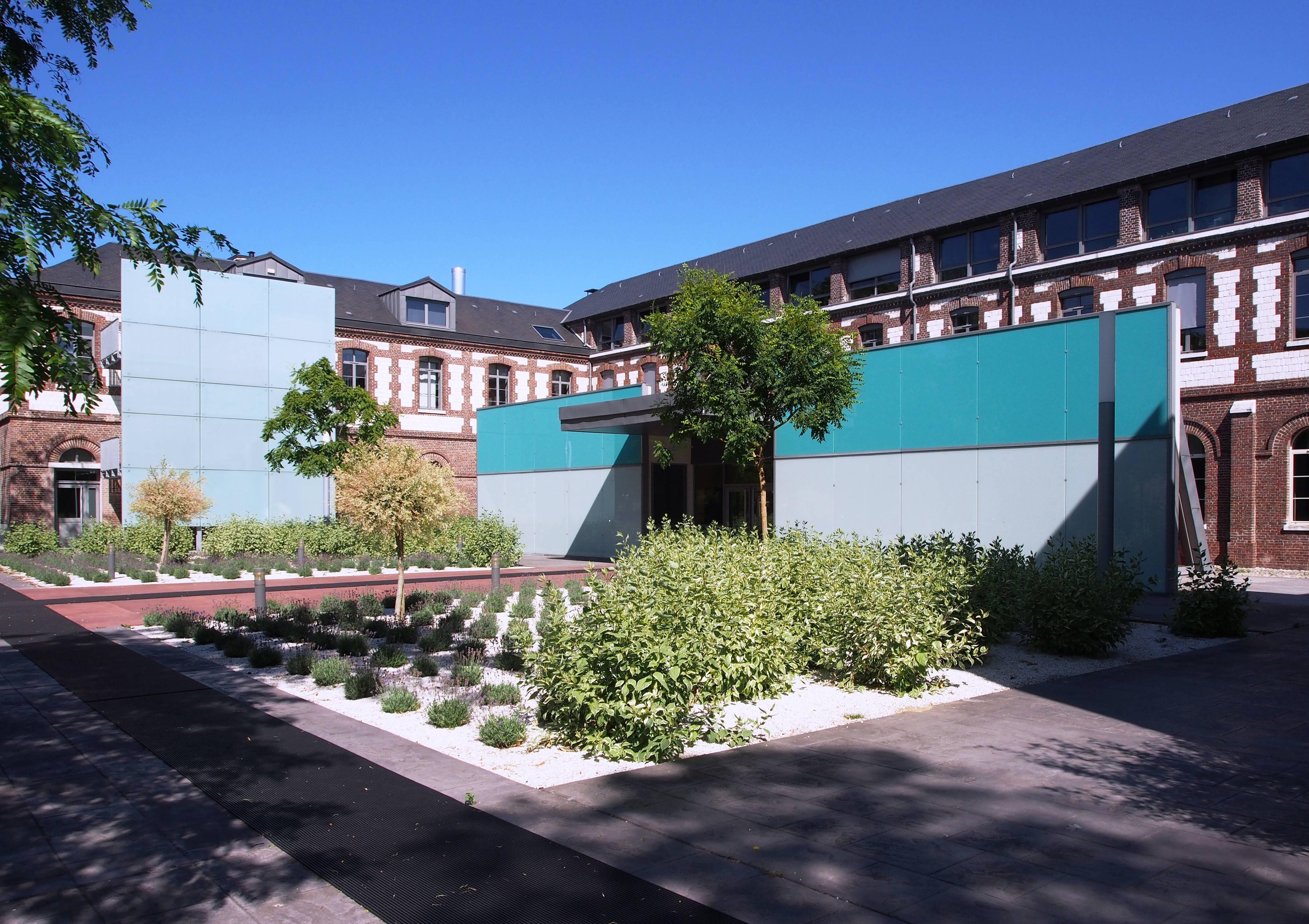 Photo de Etablissement Public de Santé Centre Hospitalier du Rouvray