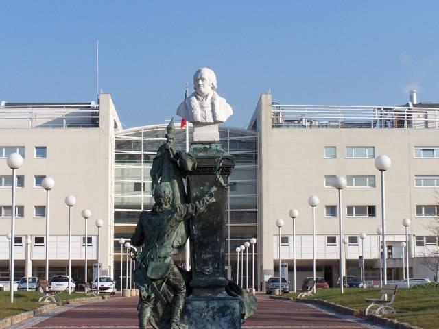 Hôpital d'instruction des Armées PERCY  (CLAMART)